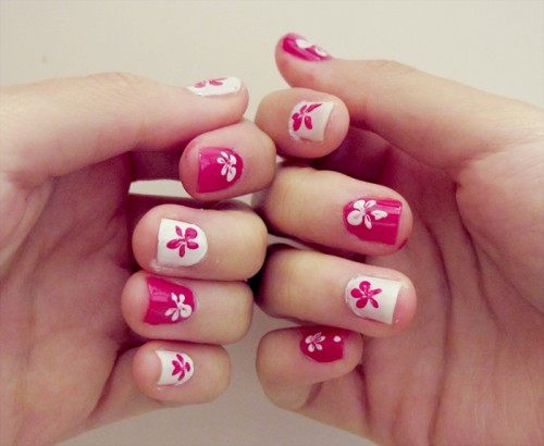 16_Pink Flower Nails
