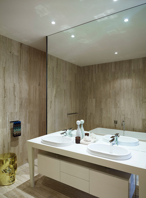 32_The Concourse Residences by Sunland (Master Bathroom)