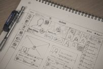 What is The Difference Between a Web Designer and a Graphic Designer?